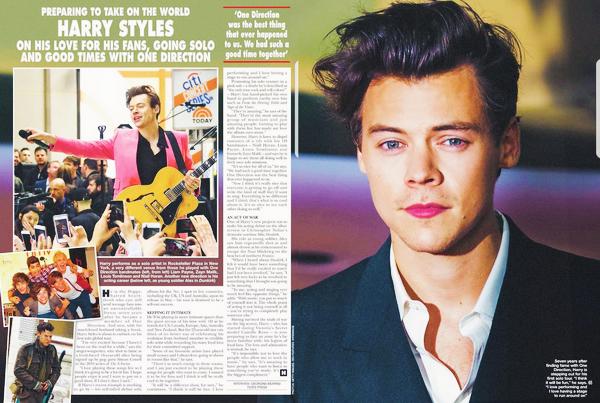 2017 | Harry Styles avait donné une interview pour 'Hello Magazine' où il a une double page.