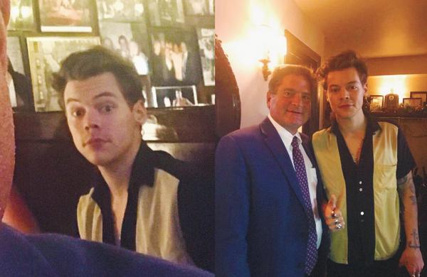 27.09 | Harry Styles a été mangé et a pris des photos dans un restaurant de New York.
