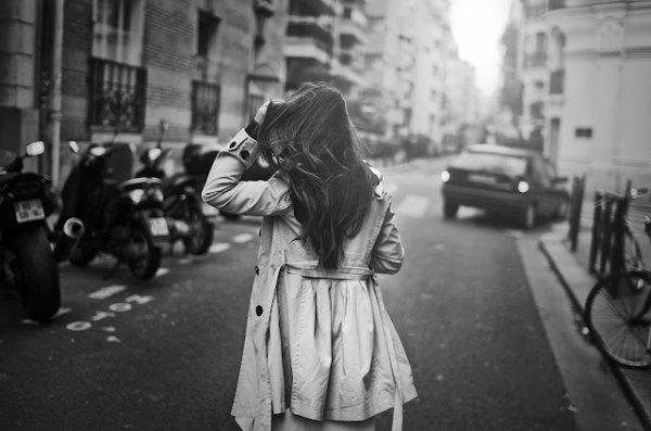 """""""Tu as le coeur à rire, moi je l'ai à pleurer. Il y a longtemps que je t'aime, jamais je ne t'oublierais"""""""