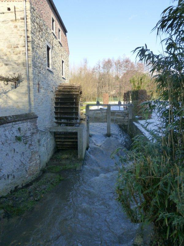 No velho moinho de Beaurieux***Au vieux moulin de Beaurieux
