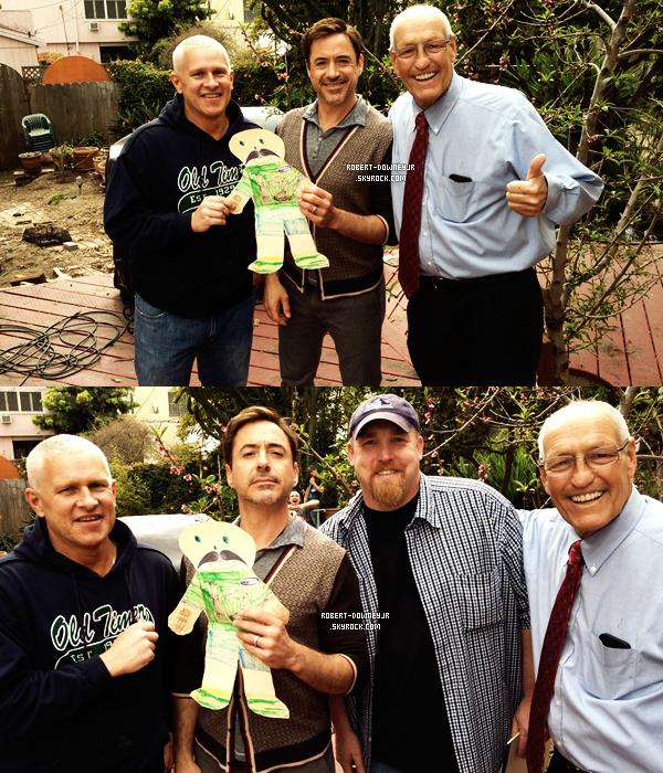 | Candids | Robert rend visite à Bill Rosendahl.
