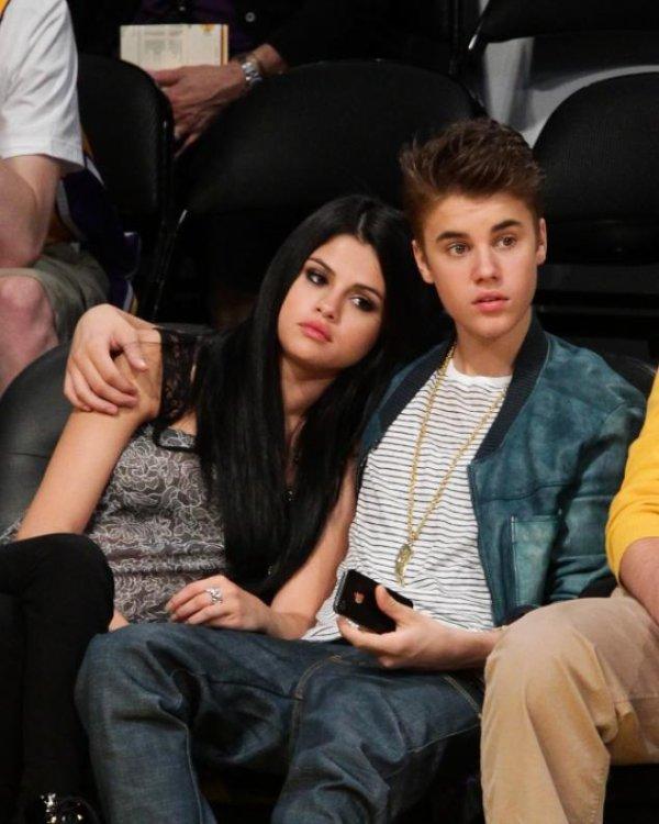La famille de Selena Gomez lui conseille de zapper Justin Bieber