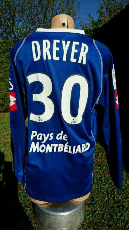 Maillot de Matt vs Rennes première titularisation 2008 2009...maillot de teddy vs grenoble (unique  1 seul match jouer en noire  avec pays de montbeliard avec la vague )