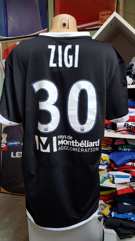 maillot de  zigy  vs  le havre .2017 2018
