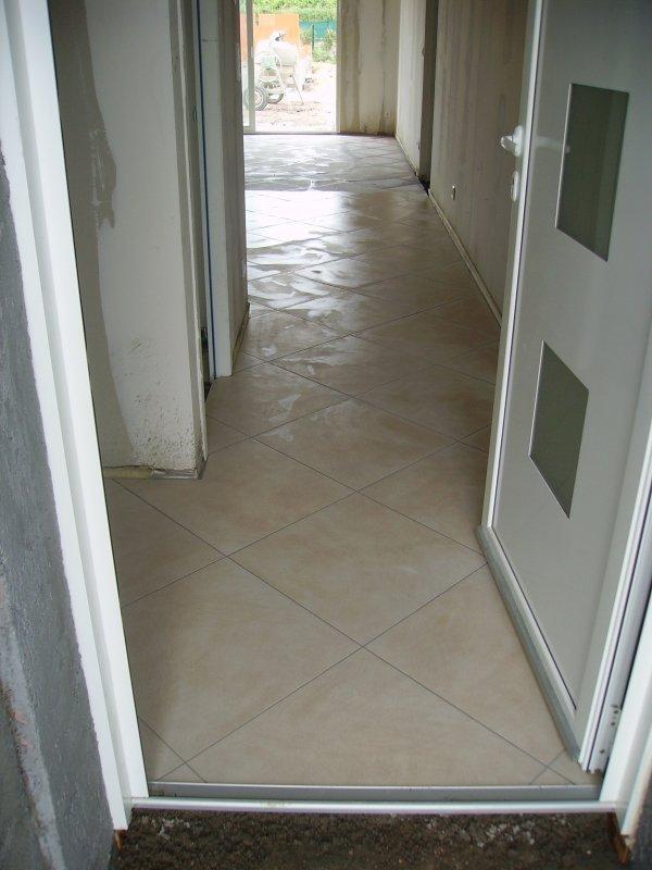 carrelage entr e petit couloir construction maison