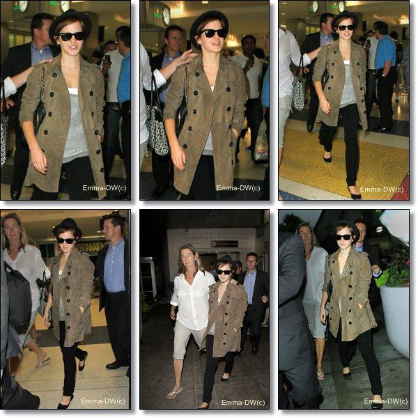08/07/2011:Em' est soulagée !Elle s'en va à New-York mais pas beaucoup de répis car demain la pauvre a une conférence pour l'avant première New-Yorkaise !