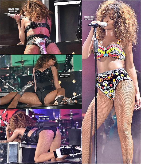 . 05 août 2011 ▬ Le « Loud Tour », la tournée mondiale de Rihanna, continue en Barbade ! Elle a assuré son spectacle devant plus de 25 000 personnes ! Elle a ensuite été à l'after-party du concert au club Limegrove. .