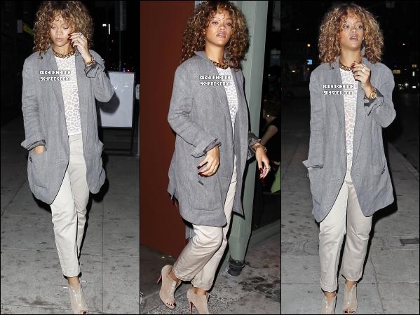 .  *14 septembre* '-' Rihanna a été aperçue sortant d'un salon de tatouage à Los Angeles. + La belle vient de confirmer que ce serait bien son 6ème album qui verrait le jour cet automne ! Moi j'ai vraiment trop hâte !.