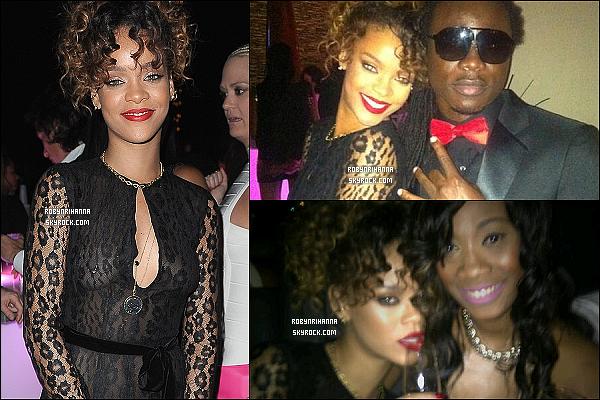 * 31/12/2011 :* La belle Rihanna a été photographiée quittant son hôtel à Miami en Floride. T'aimes sa tenue ? Le soir même, elle était présente à une fête privée  pour fêter le nouvel an. Malheureusement, il y a très peu de photos de cette sortie. *