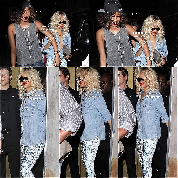 * 23/03/2012':' Rihanna est allée au « Giorgio Baldi » avant de se rendre au club « Las Palmas ».  *