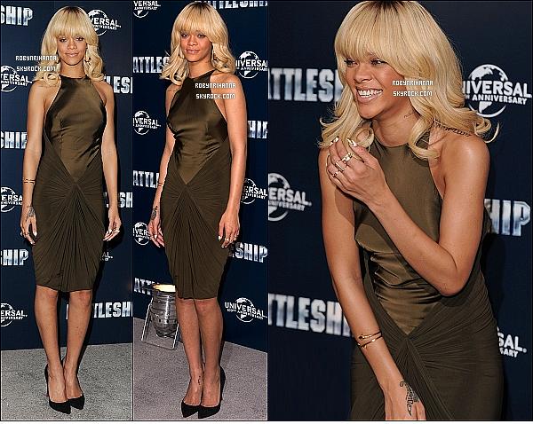 * 28/03/2012':' Notre Rihanna était à une conférence de presse du film « Battleship » à Londres. Afin de faire la promotion du film ( qui sort le 11 avril prochain dans nos salles ), elle était en compagnie des autres acteurs principaux.  *
