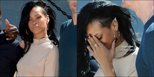* 28 avril 2012':' Rihanna était  au  photocall de  « Battleship » avec toute l'équipe du film à Hawaî.  *