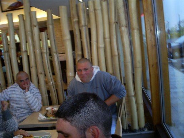 petite pose déjeuner avec certain membre du club