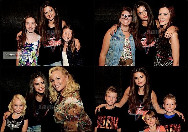 . ●● Le  14.08.13: Selena a debuté sa tournée intitulée  « Star Dance » , par son premier concert à  Vancouver,comme prévu.  ▬ Notre selly a porté  trois belles tenues lors de ce concert , elle a ensuite changé le bas de certaines.trois gros  top ,votre avis ?   .