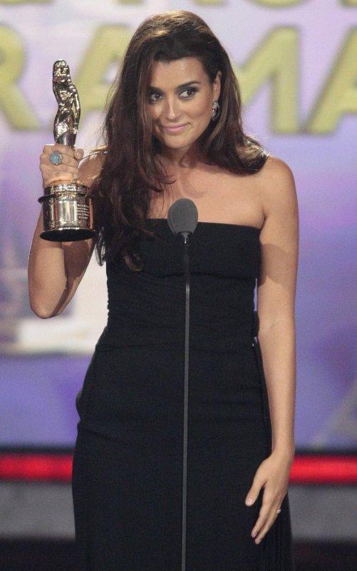 »  ALMA Awards 2012