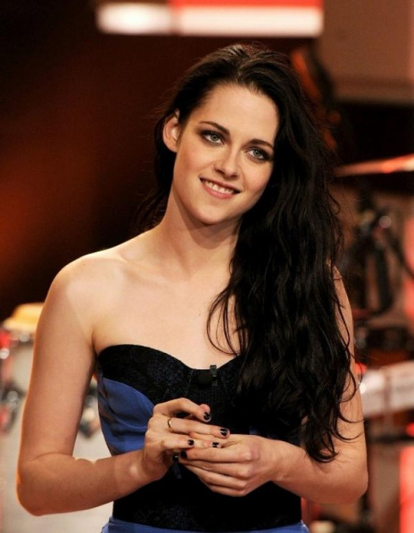 Kristen Stewart est nominé au Kids Choice Awards 2012