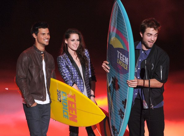 Kristen, Robert et Taylor aux TCA 2012