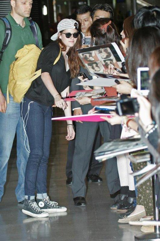 Kristen au Japon pour la promo de BD2