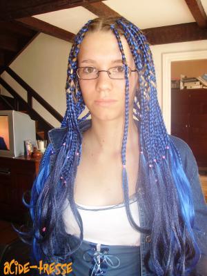 Les tresse bleu de Sandrine.. environ 5h de tressage