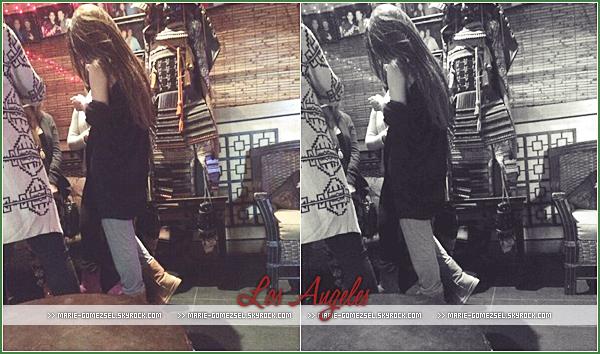 . Mercredi 1er Janvier....Selena a été aperçue par une fan au restaurant japonais Yamato à Los Angeles.