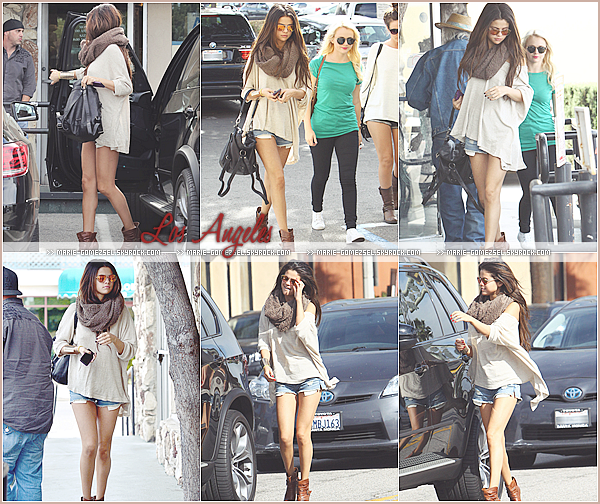 . Samedi 22 Février....Selena a été vu se rendant dans un salon de beauté pour se faire une manucure à Los Angeles.