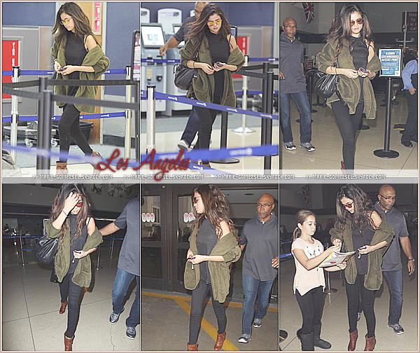. Mercredi 26 Février....Après quelques jours au Colorado, Selena a été vu arrivant à l'aéroport de LAX.