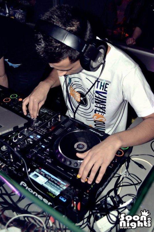 Biographie de DJ Joris