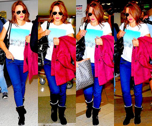 Le 20/01 :  Notre jolie Rachel a été aperçu après avoir attérrit à l'aéroport de LAX, à Los Angeles