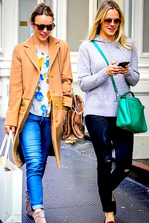 Le 06/05 :  Rachel et sa soeur Kayleen ont fait du shopping dans le quartier de SoHo, à New York