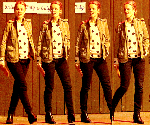 Le 21/09 :  Rachel est allée diner avec deux amis au Dominick's restaurant de West Hollywood