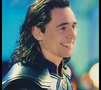 Tom-Hiddleston  fête ses 37 ans demain, pense à lui offrir un cadeau.Aujourd'hui à 20:54