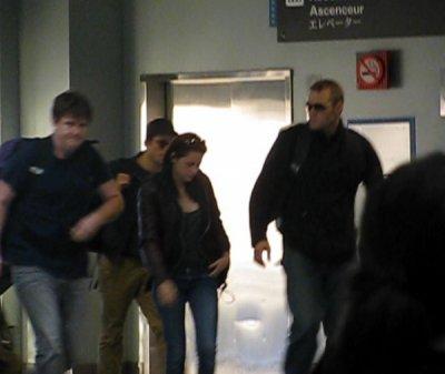 5/11/10 : Rob et Kristen Quittent  la Nouvelle Orléan