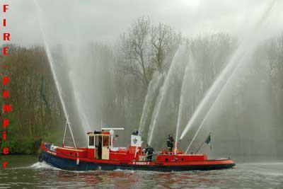 bateau pompier