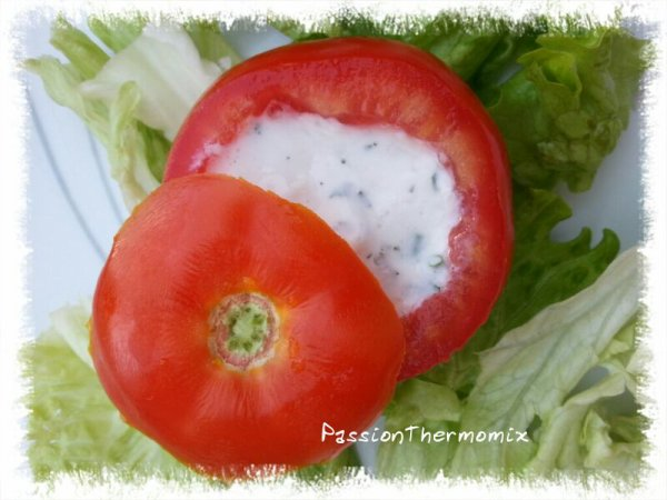 Tomates farcies au fromage blanc