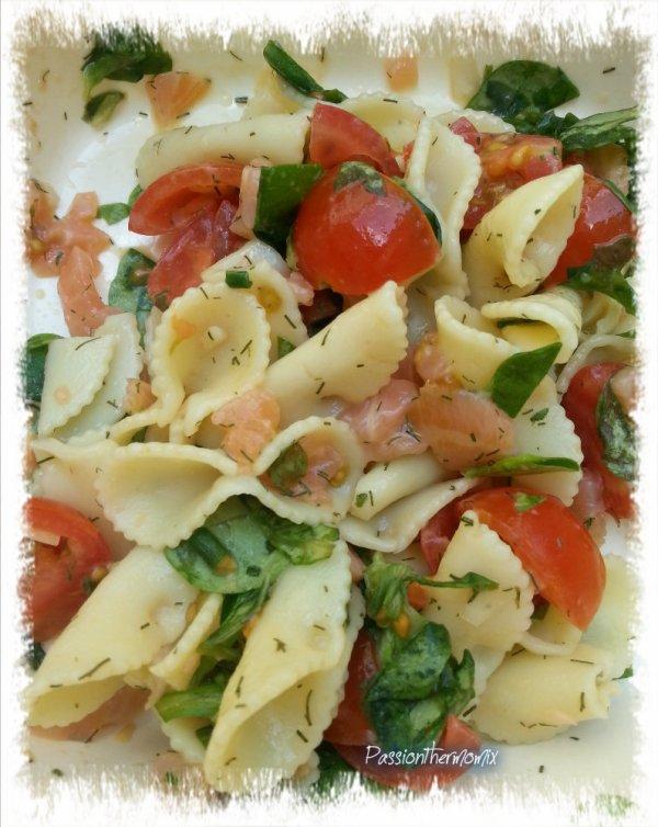 Salade légère de pâtes au saumon