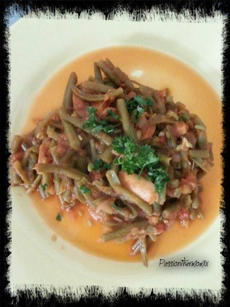 Haricots verts à la tomate & aux champignons