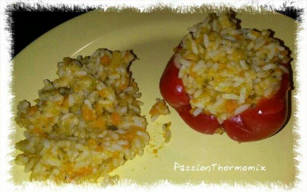 Poivrons farcis au riz & aux légumes