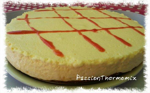 Cheesecake au coulis de fraise-rhubarbe