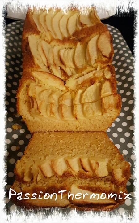 Cake de polenta à la pomme