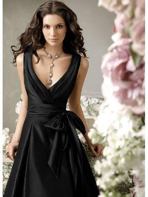 Princess Like Halter Neck Wedding Gowns