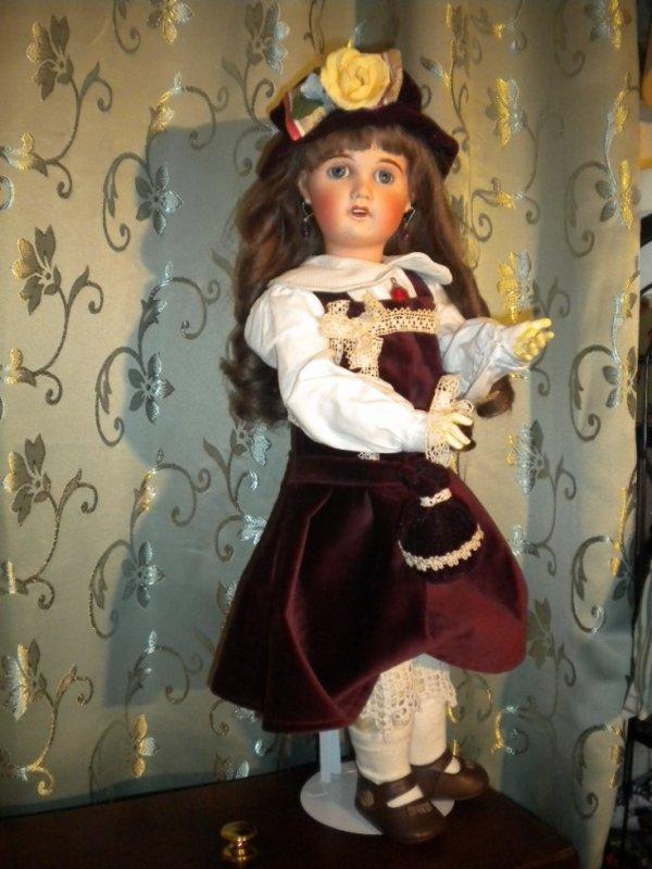 """poupées de porcelaine"""" Limoges"""" modéles chérie-9-60cm"""