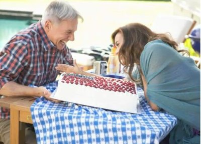 Food Fight Mark Harmon vs Cote de Pablo