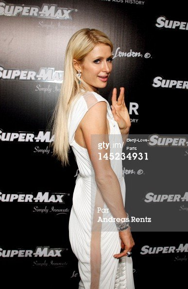 2012 amfAR's Cinema Against AIDS - Red Carpet