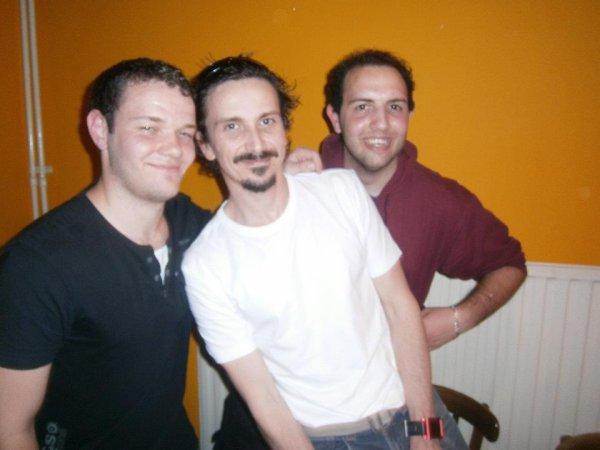 *Moi,Arnaud Tsamère et mon frère Edwin.