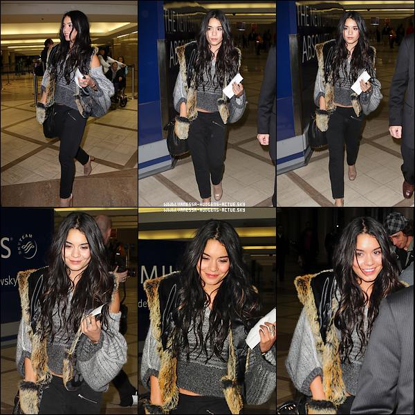 -  05/12/10 : Vanessa ce trouvant a l'aéroport de L'AX -