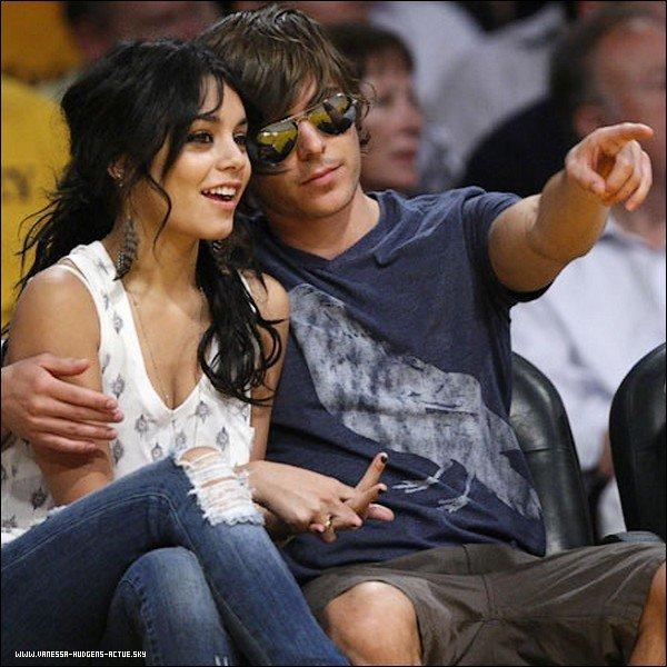 -  Vanessa Hudgens et Zac Efron le couples de la célébrité le plus adorables de l'année  -