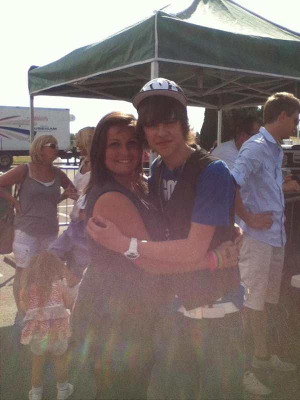 photo de moi et  Jacob  de son  show du 23 juin 2012♥