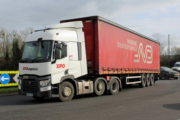 "Camions XPO ""outre-manche"""