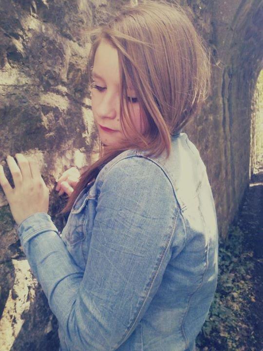 Une fille amoureuse, peut être un peut trop rêveuse.. ♥