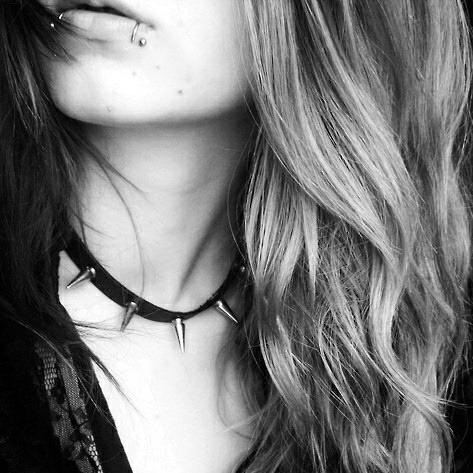 Je hais ton passé, qui encombre mon avenir.